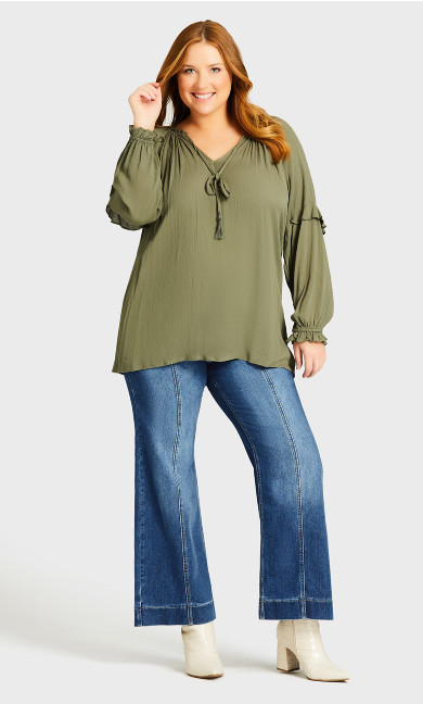 Plus Size Jenna Flare Jean Light Wash - average