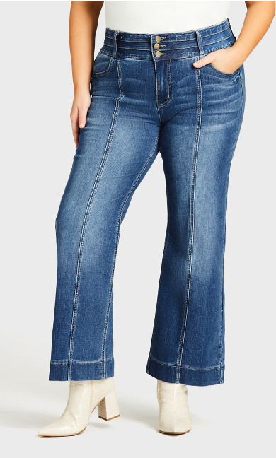 Jenna Flare Jean Light Wash - average