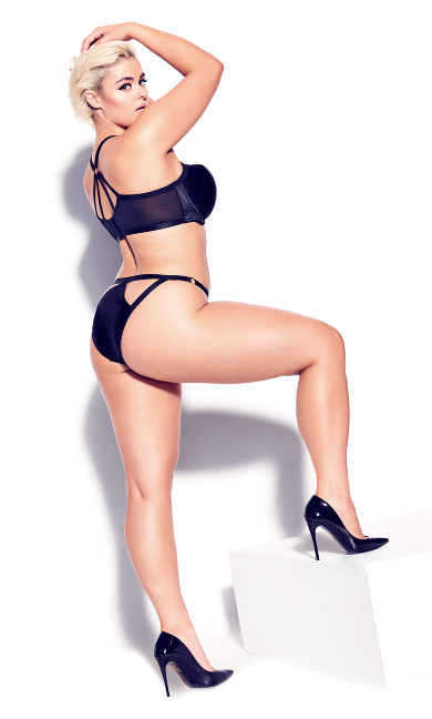 Vixen Strappy Panty - black