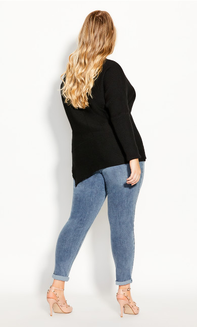 Lean In Sweater - black