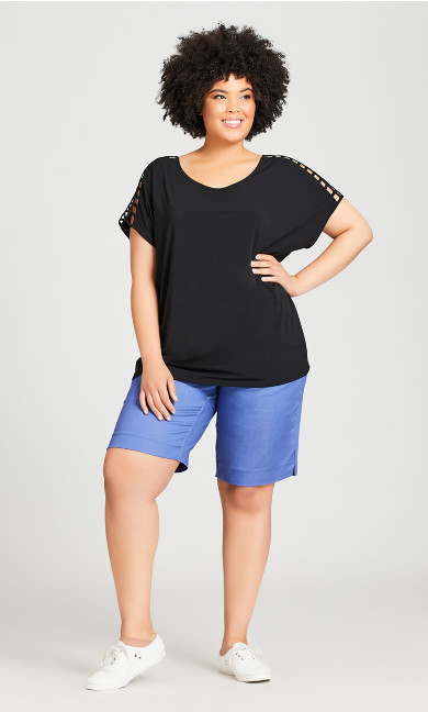 Plus Size Power Stretch Pull On Short- bleached denim