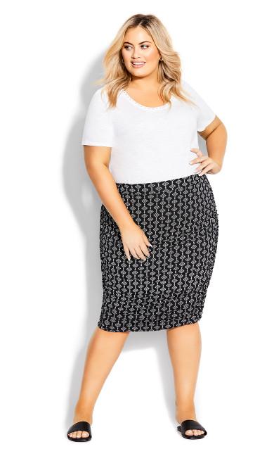 Plus Size Ruched Print Skirt - black geo
