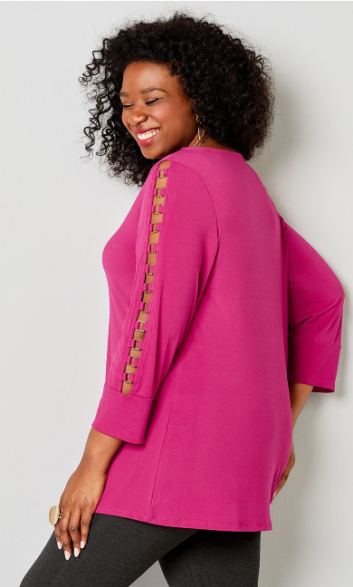 Hardware Caged Sleeve Top - red