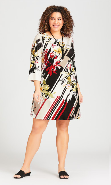 Plus Size Floral A-Line 3/4 Sleeve Dress - ivory floral